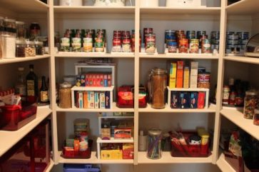 Preppers-Pantry-doomsday prepping